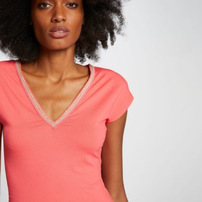 dedo-camiseta-manga-corta-coral-morgan-1