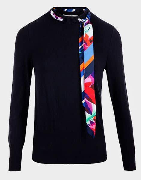 jersey-negro-lazada-pañuelo